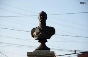 Памятник Наследнику Цесаревичу во Владивостоке