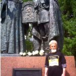 Царский памятник и Владимир Панов